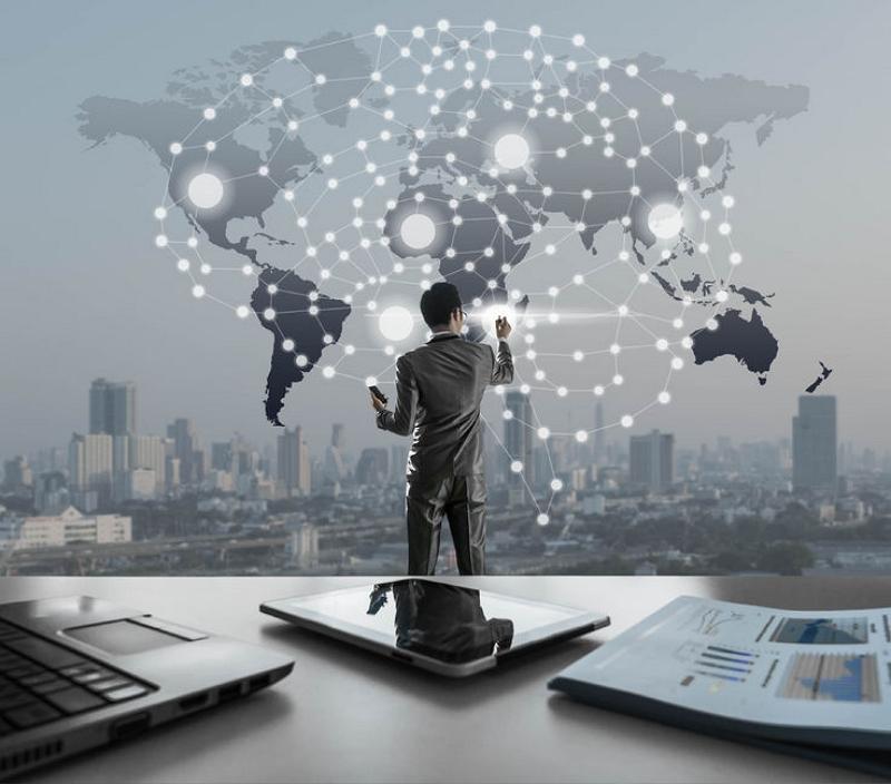 AI活用で出張を管理する「IBMトラベルマネージャー」、出張を変える実力をトラベルポート担当者に聞いてきた(PR)