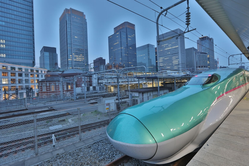 Japan Railway East prepares remote work environment in the bullet train 'Shinkansen' for business travelers
