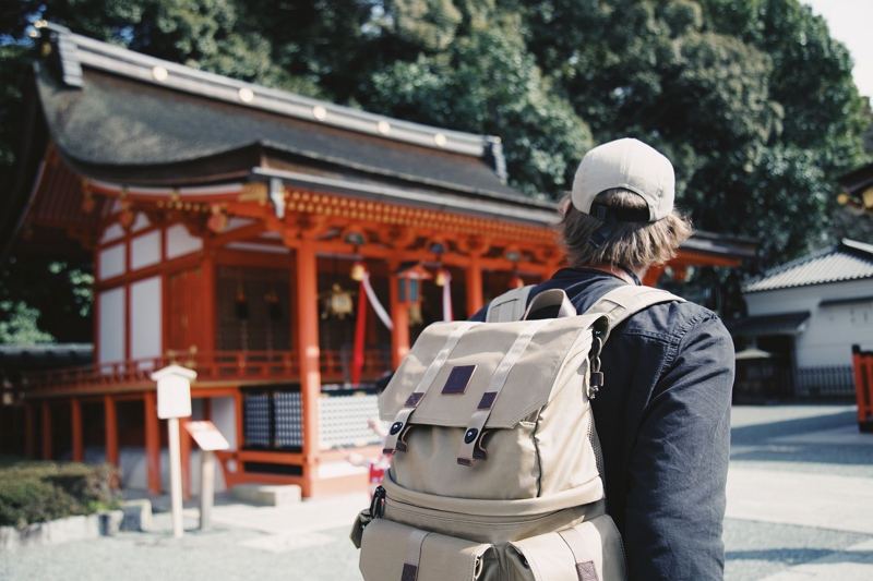 観光客の増え過ぎ問題(オーバーツーリズム)と住民の「いらだち指標」を考える ―解決のカギは観光への信頼と利益認識【コラム】