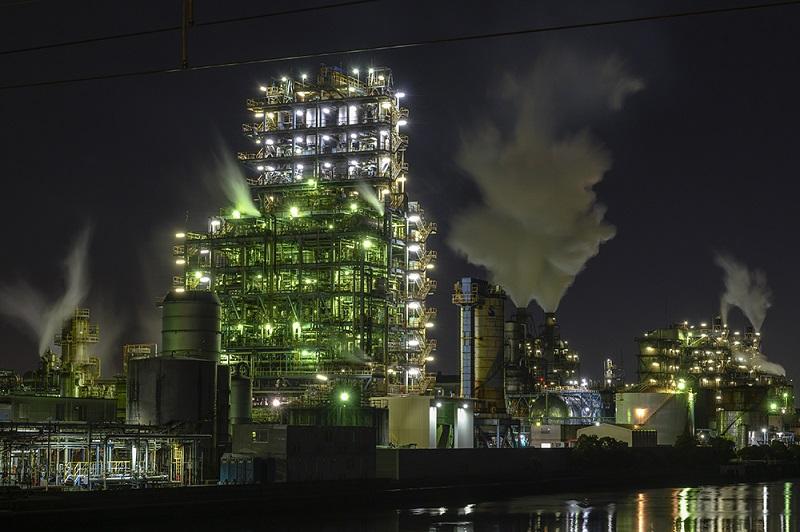 川崎市、「工場萌え」でインフラツーリズム強化、夜景を望むバスツアーやクルーズを実施