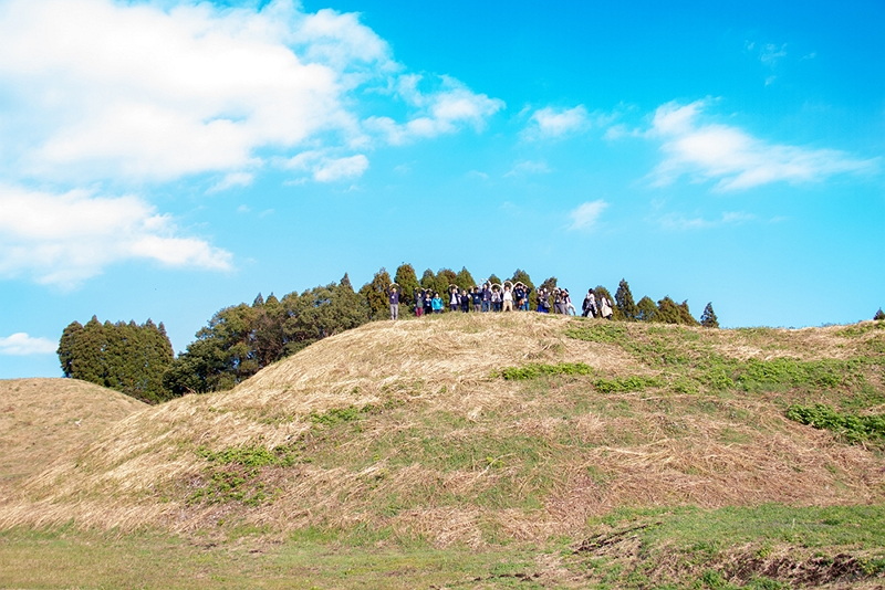 「稼ぐ古墳」で地域活性化を、宮崎県「新田原古墳群」で地域体験プログラムを開発、訪日客を中心に展開へ