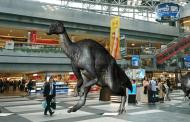 MR(複合現実)で実物大の恐竜「むかわ竜」を体験、JTBがインバウンド誘致で実証実験