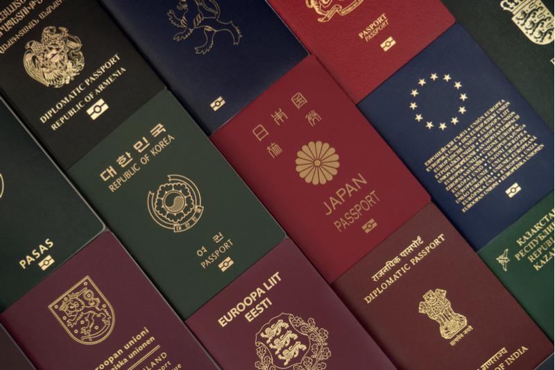 世界最強パスポート2021、今年も日本が1位、シンガポールと同率で、192カ国・地域にビザなし渡航が可能