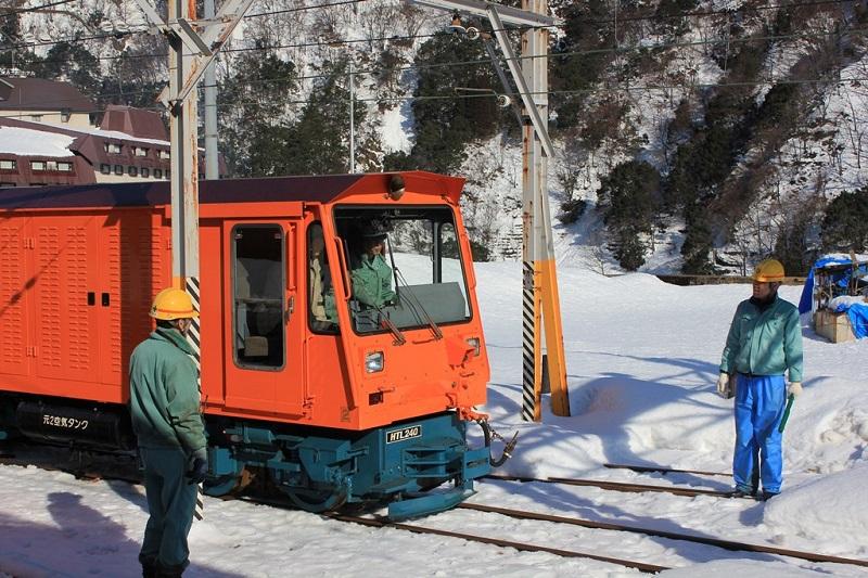 黒部峡谷鉄道、子ども向けにトロッコ電車の運転体験会、冬季オフシーズンの対策で