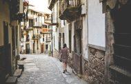 欧州各都市が「民泊エアビー」の法規制に見せた反応は? オーバーツーリズムの観点からも疑心暗鬼の様相に【外電】