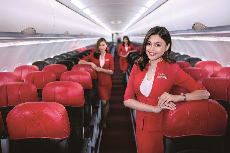 LCCエアアジア、JR九州とコラボ、客室乗務員の相互乗車によるサービス提供などで観光促進へ