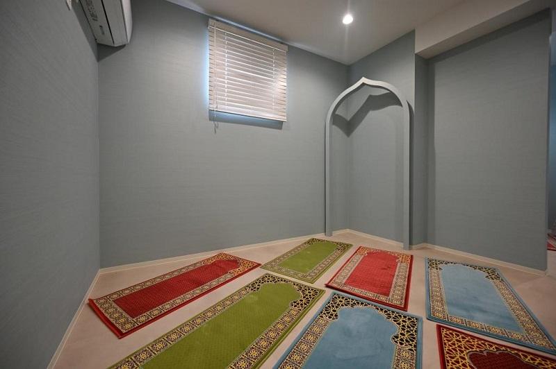 千葉・木更津にムスリム向け宿泊施設、男女別の礼拝堂、アルコールと豚肉を完全排除のレストランも