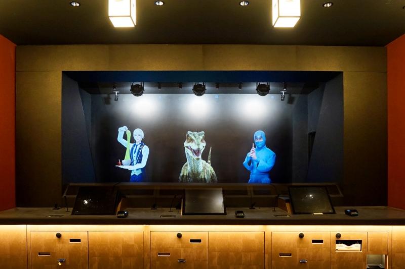HIS、東京で7軒目の「変なホテル」開業、フロントでは光のホログラムがチェックイン業務