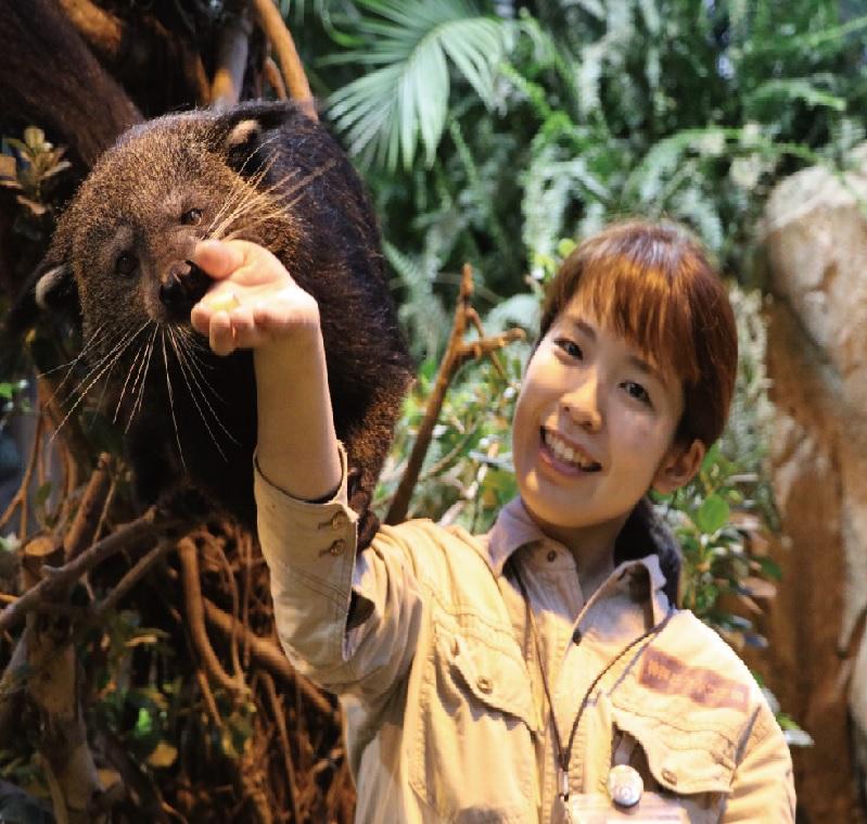 ポートピアホテル神戸、どうぶつ王国ガイドツアーで宿泊プラン、動物の生態解説など