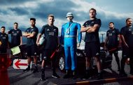 外国人旅行者向けに日本の交通マナーを説明、ラグビーチーム「オールブラックス」が登場 ―AIGジャパン【動画】