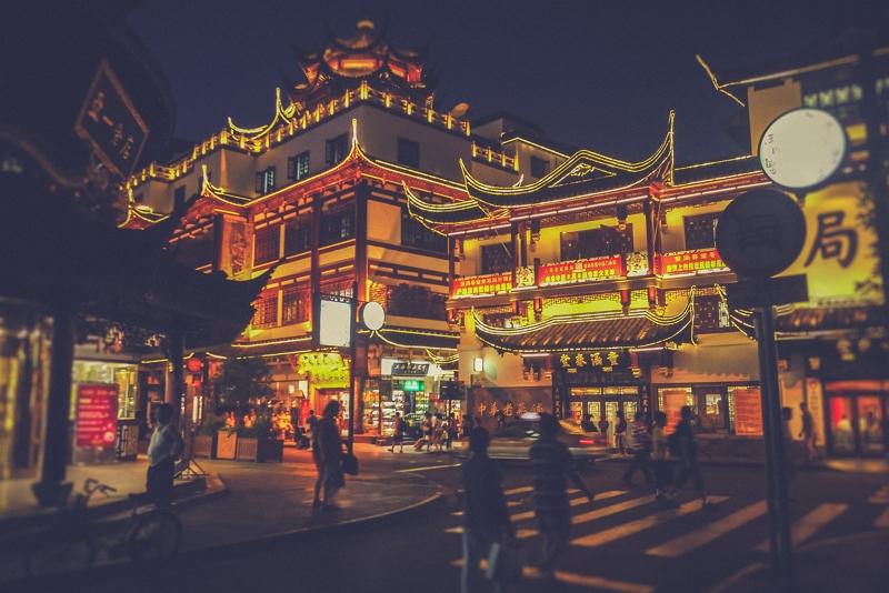春節休暇の中国で地元旅行が人気、居住地エリアの旅行検索が4割に、高級ホテルで年越しも