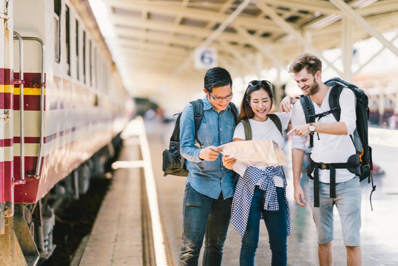 【図解】訪日外国人数、2019年8月は2.2%減の252万人、韓国は半減、中国のシェアは4割に ―日本政府観光局(速報)