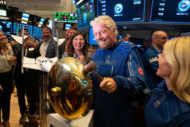 宇宙旅行会社が世界初の上場、ヴァージンギャラクティックが新たな資金調達へ