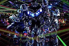 新宿・歌舞伎町の「ロボットレストラン」、観光案内やアクティビティ販売代理のチケットセンターを開業へ