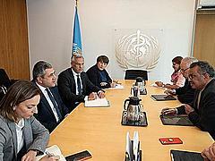 国連世界観光機関とWHOの両トップが会談、新型コロナ対策で連携強化、国際協力と責任あるリーダーシップを