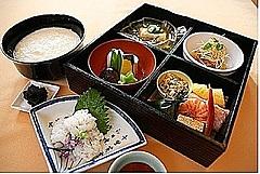 京都市、二条城で夏の特別企画、非公開庭園内の「香雲亭」で数量限定特別朝食も