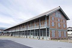 世界遺産・富岡製糸場の国宝「西置繭所」の保存整備が完了、10月オープン、ガラス越しに国宝建物を体感できる構造などで