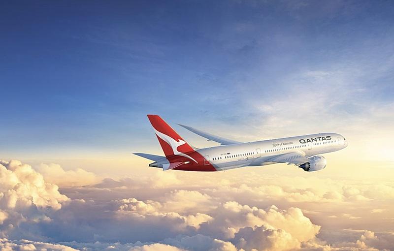 カンタス航空、どこにも着陸しない7時間フライトを発売、豪州国内グレートバリアリーフやウルル上空を飛行、エコノミー席は約5万円