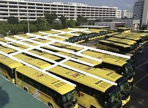 はとバス、稼働していないバス60台でつくった巨大迷路体験を販売、車内換気体験とあわせて安全性アピール
