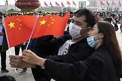 中国の大型連休「国慶節」の旅行消費は7兆円、前年比3割減もリベンジ消費で意欲回復、6億人が国内旅行へ