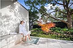 熱海のオーベルジュ、コロナ禍で大浴場閉鎖、プライベートな露天風呂付き客室にリニューアル