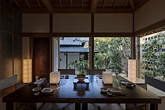 世界的高級ホテル「アマン」の創業者が、日本で新旅館「Azumi」を開業、尾道市で築140年の旧堀内邸を改装