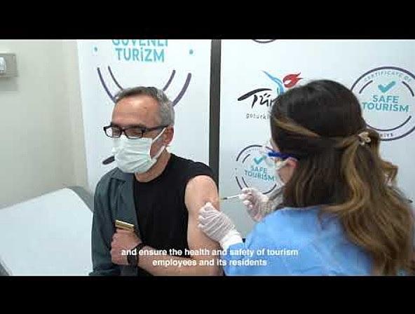 トルコ、今夏までに観光業界の関係者全員にワクチン接種、安全ツーリズムで誘客へ