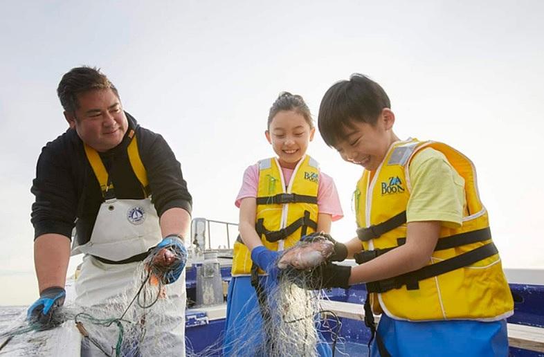 リゾナーレ熱海、現役漁師と本格的な漁を体験する新プログラム発売、夏休みの自由研究向けに