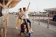 Trip.com、割安な「学生用」航空券を販売、若者の需要喚起と販売強化で、中東2航空会社から