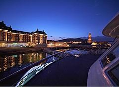 ハウステンボス発着の大村湾クルーズ、花火観覧や星空ガイド付きなどで運航へ、公式ホテルの宿泊プランも