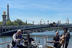 フランス観光親善大使に辻仁成氏、コロナ禍の情勢や情勢の情報発信が評価、パリ在住20年
