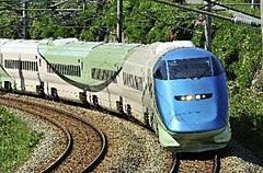 ワーケーション新幹線の専用ツアーが登場、JR東日本と山形県の連携で、専用新幹線「とれいゆ つばさ車両」を使用